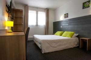 Hotel Lapeyronie : Chambre Double