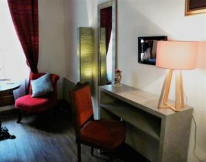 Chambres d'hotes/B&B The Old Well Bed and Breakfast : Suite Lit King-Size