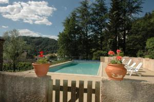 Hebergement Ardeche: holiday house with pool in Vals les Bains - South France : Appartement 5 Chambres