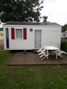 Hebergement Camping les Mancellieres : Mobile Home