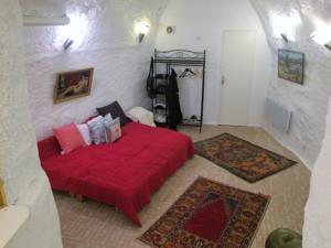 Appartement Art collector's pied-a-terre in the centre of Grasse : photos des chambres