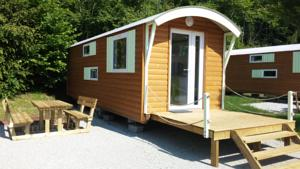 Hebergement Camping Trelachaume : Bungalow