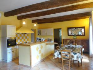 Hebergement Ardeche: holiday house with pool in Vals les Bains - South France : photos des chambres