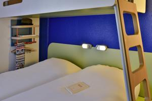 Hotel Ibis budget Chambery Centre Ville : Chambre Triple Supérieure
