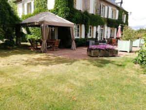 Chambres d'hotes/B&B Chambres d'Hotes - Domaine Des Perrieres : Chambre Double