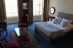 Hotel Raymond VII : Chambre Supérieure Confort