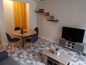 Appartement extra-centre face Casino / Plage : photos des chambres