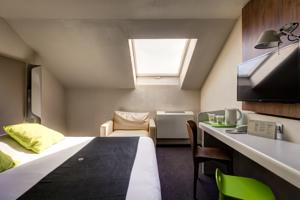 Hotel Campanile Evry Ouest - Corbeil Essonnes : Chambre Double