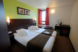 Hotel Kyriad Design Enzo Cannes-Ecluse : Chambre Lits Jumeaux