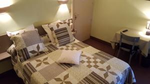 Hotel Ronsin : Chambre Double