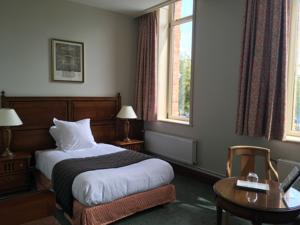 Hotel d'Angleterre Arras : Chambre Simple