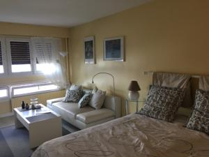 Appartement Sunny and Spacious Apt : photos des chambres