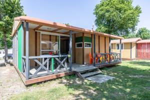 Hebergement Camping Les Alouettes : Chalet 2 Chambres