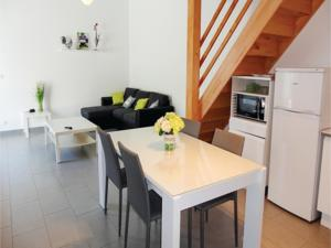 Appartement Three-Bedroom Apartment in Beziers : photos des chambres