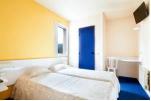 Hotel Mister Bed Saran : Chambre Triple