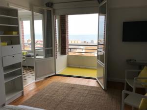 Appartement Le Continental : Appartement - Vue sur Mer