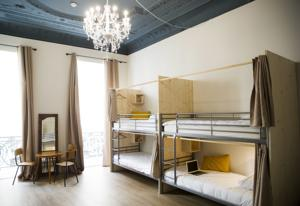 Auberge de jeunesse Georges Hostel & Cafe : Lit Simple dans Dortoir Mixte