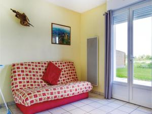 Hebergement Four-Bedroom Holiday Home in Saigneville : Maison de Vacances 4 Chambres