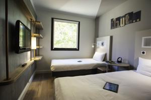 Hotel ibis budget Chateau-Thierry : Chambre Lits Jumeaux