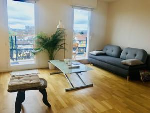 Beautiful Appartement near train station : photos des chambres