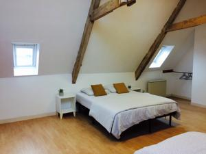 Appartement Self Catering 2nd Floor Le Manoir des Doyens - Sleeps 8 : photos des chambres