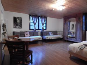 Chambres d'hotes/B&B Pyrenees Emotions : Chambre Triple Confort