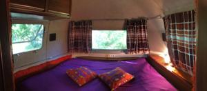 Chambres d'hotes/B&B Belrepayre Airstream Retro : photos des chambres