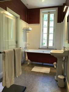 Chambres d'hotes/B&B Clos Barthelemy-Chateau d'Eterpigny : photos des chambres