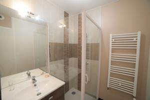 Appartement Nice and spacious flat - Bastide ditrict : photos des chambres