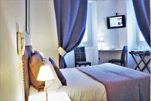 Logis Hotel Orly : photos des chambres