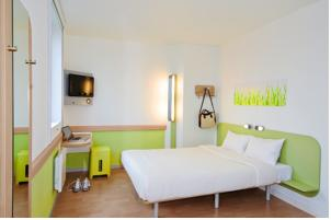 Hotel ibis budget Versailles - Trappes : Chambre Double