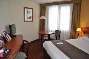 Hotel Mercure Saint Etienne Parc de L'Europe : Chambre Double Standard Lit Simple (3 Adultes)