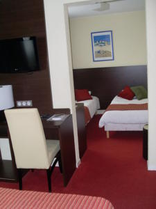 Hotel The Originals Paris Sud Orly-Draveil (ex Inter-Hotel) : Chambre Quadruple
