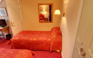 Churchill Hotel : Chambre Quadruple