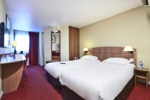 Hotel Kyriad Geneve St-Genis-Pouilly : Chambre Lits Jumeaux
