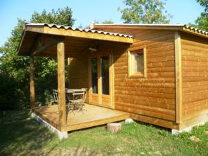 Hebergement Camping Pre-Fixe : Chalet (4 Adultes)