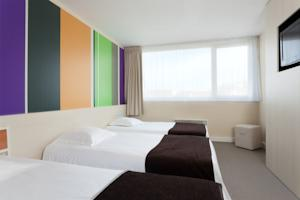 Quality Hotel Dunkerque - Dunkerque Est Armbouts Cappel : Chambre Triple