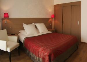 Residence Residhome Paris-Evry : Chambre Double ou Lit King-Size Exécutive