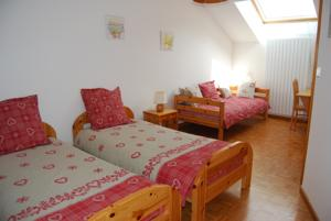 Chambres d'hotes/B&B Chambre d'hotes Kieffer : Chambre Triple