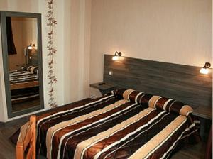 Hotel Logis Doubs Rivage : Chambre Double