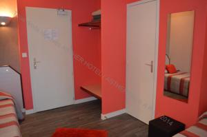 Hotel Asther : Chambre Triple (2 Adultes + 1 Enfant)