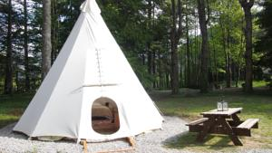 Hebergement Glamping at Camping La Source : photos des chambres