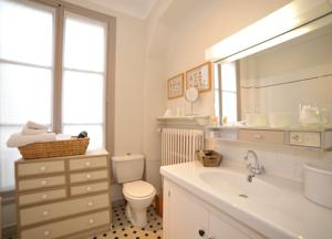 Chambres d'hotes/B&B Le Jardin Cathedrale : Chambre Double