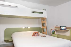 Hotel Ibis Budget Beziers Est La Giniesse : Chambre Triple (2 Adultes)