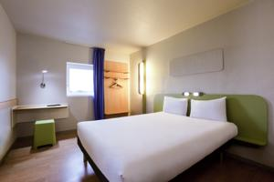 Hotel ibis budget Grigny Centre : Chambre Double
