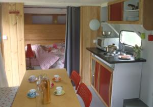 Hebergement Camping des Catoyes : photos des chambres
