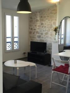 Appartement Perrin Solliers Apartment : photos des chambres