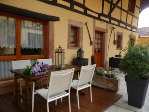 Chambres d'hotes/B&B Chambres d'hotes La Cour St-Fulrad : Chambre Deluxe Double ou Lits Jumeaux