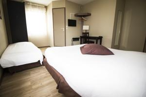 Adonis Villefranche Ambiance Hotel : Chambre Triple