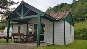 Hebergement Camping Les Lupins : Chalet 2 Chambres
